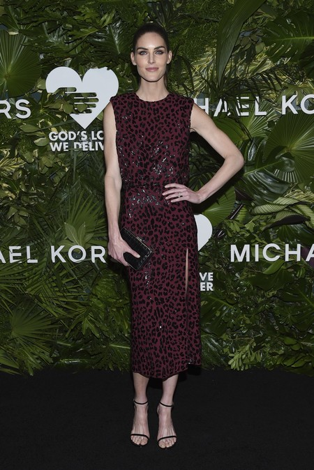 golden heart gala look estilismo outfit Hilary Rhoda