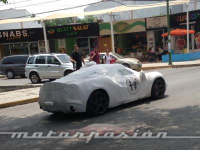 ¡Espiado! El Alfa Romeo 4C ya rueda en México dentro de su envoltura