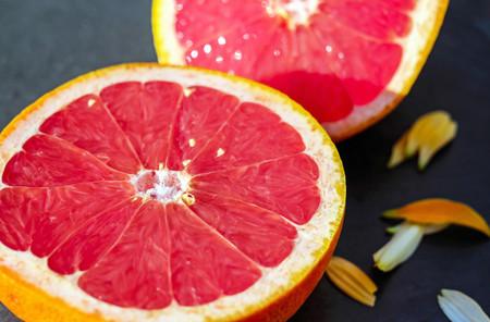 Toronja o pomelo: propiedades, beneficios y su uso en la cocina