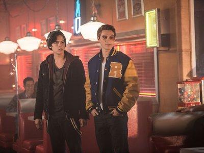 'Riverdale' tendrá segunda temporada en The CW
