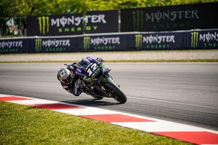 Maverick Viñales lidera los test de MotoGP en los que hemos podido ver a Dani Pedrosa sobre la KTM
