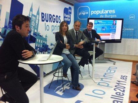 """El alcalde de Burgos cesa otra vez al concejal de Nuevas Tecnologías por el uso """"inapropiado"""" del móvil"""
