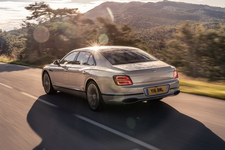 Bentley Flying Spur 2020 Blackline 6