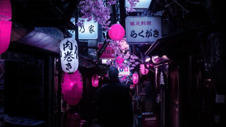 'Tokyo at Night': la exploración nocturna que ha influenciado a muchos fotógrafos en el estilo ochentero