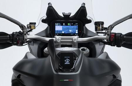 Ducati Multistrada V4 2021 1