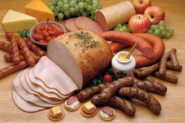 Alimentos que debes evitar en tu dieta si sufres de dolor de cabeza frecuente