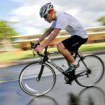 Fomentando la convivencia entre ciclistas y conductores: así es como hay que circular en vías interurbanas