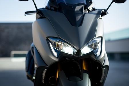 Yamaha Tmax 2020 002