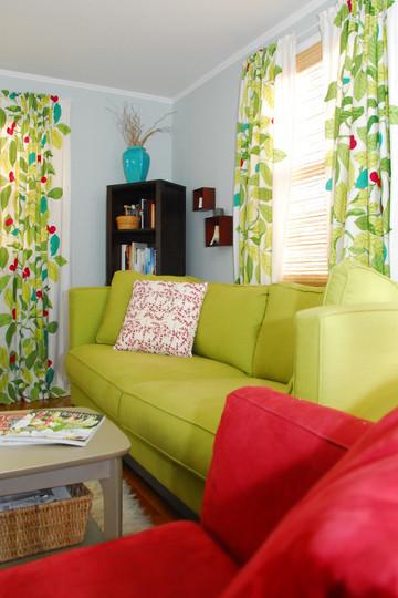 Foto de Un salón en rojo y verde (3/5)