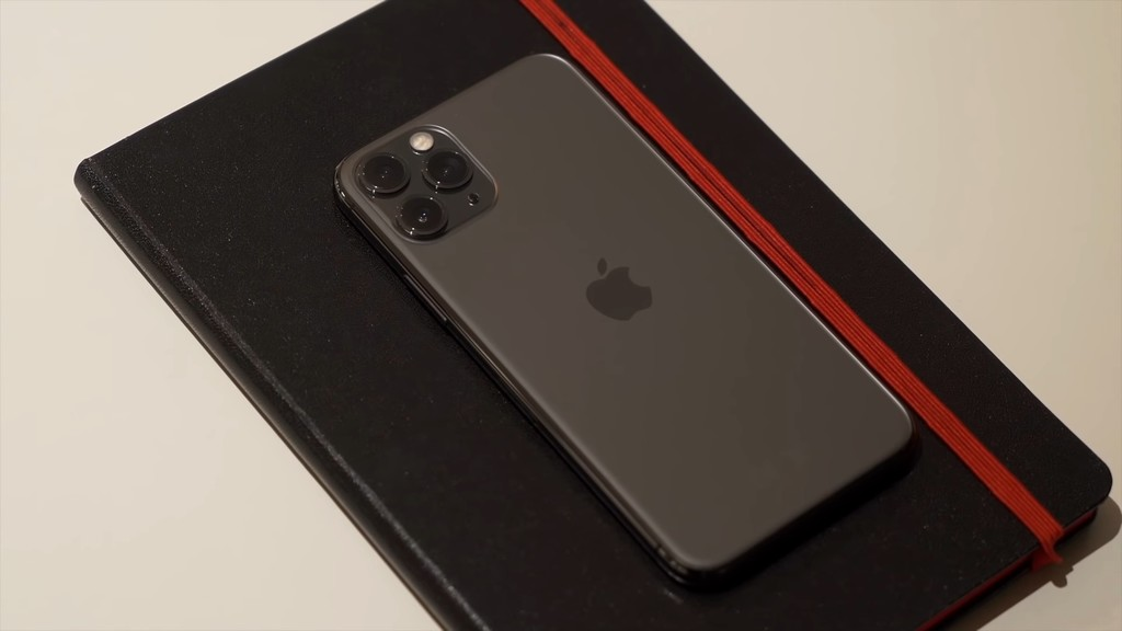 iPhone 11 Pro Max por 1.049 euros, Apple Watch Series 5 Cellular por 492 euros y Powerbeats Pro por 162 euros: Cazando Gangas