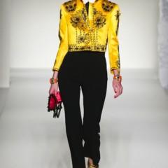 Foto 11 de 43 de la galería moschino-primavera-verano-2012 en Trendencias