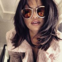 Selena es light hasta para cambiar