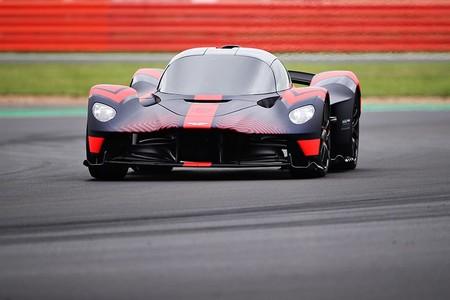¡Tremendo! Aston Martin quiere que Max Verstappen pilote su Valkyrie en las 24 horas de Le Mans