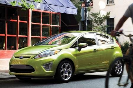 Ford reduce sus márgenes de ganancia por los coches pequeños