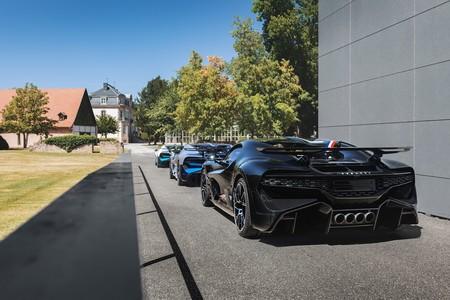 Primeras Unidades Del Bugatti Divo Comienzan A Ser Entregadas A Sus Duenos 12