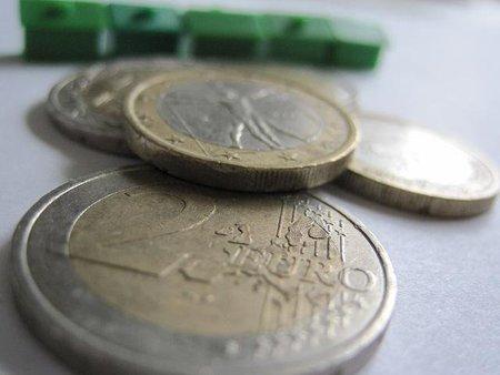 El plazo de cuatro años para compensar el IVA negativo no afecta al derecho de devolución