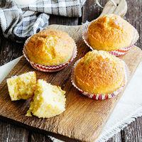 Receta rápida de muffins de maíz, un bocado original y sabroso