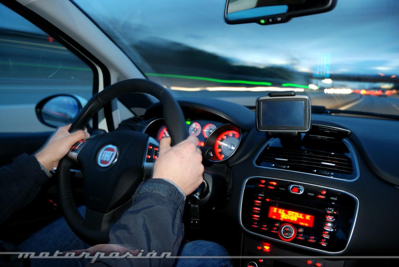 Foto de Fiat Punto 1.4 GLP (prueba) (7/70)
