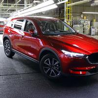 La nueva generación de Mazda CX-5 ya sale de la fábrica de Ujina