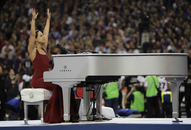 Alicia Keys Super Bowl 2013