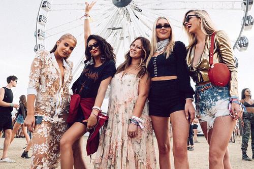 Coachella 2018: los 17 mejores vestidos que nos gustaría tener en nuestro armario