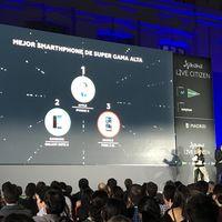 Apple arrasa en los premios Xataka 2017