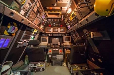 Mansión Victoriana en Londres con estación espacial en el desván