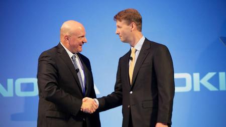 La Unión Europea aprueba la compra de Nokia por parte de Microsoft