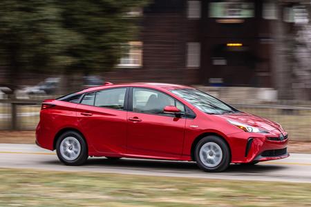 Toyota Prius 2019 3