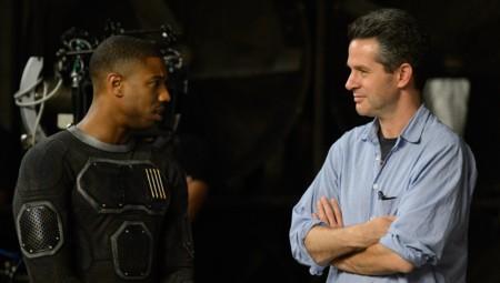 Michael B. Jordan y Simon Kingberg durante el rodaje de 4 Fantásticos