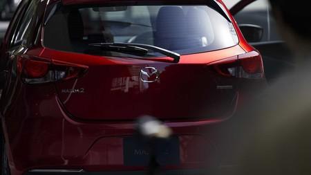 Mazda 2 2020 11