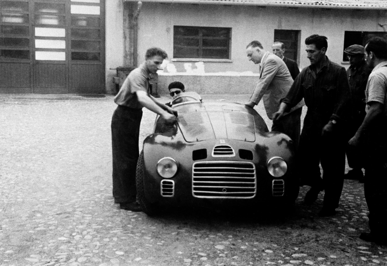 Foto de Enzo Ferrari cumpliría 120 años (1/8)