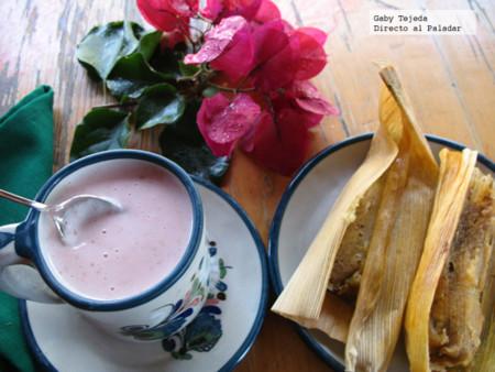 Tamales y atole c m da