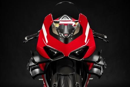 Ducati Superleggera V4: brutalidad italiana de 234 CV para 152 kg y con extra de alerones, por 115.000 euros