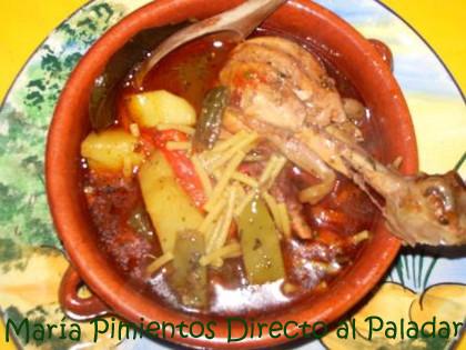 Cazuela de fideos con pollo. Receta Tradicional