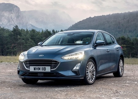 Ford Focus 2019 1600 01