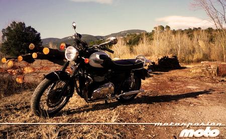Motorpasión a dos ruedas: prueba de la Triumph Bonneville T100 y últimas noticias de Joan Lascorz