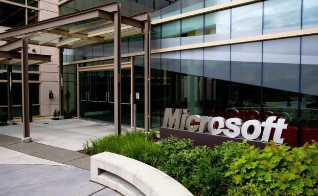 Microsoft cierra dos fábricas de móviles en China, 9.000 despidos