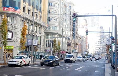 Balance de Madrid Central: más usuarios de transporte público y menos coches (salvo en la M-30)