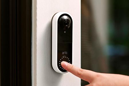 Arlo ya tiene un nuevo timbre inteligente para controlar el acceso a casa bajo el nombre de Arlo Video Doorbell