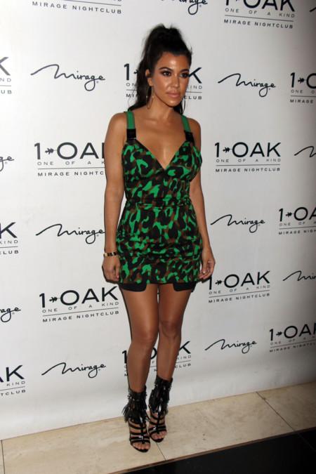Kourtney Kardashian Primavera 2016 Versace Leopardo