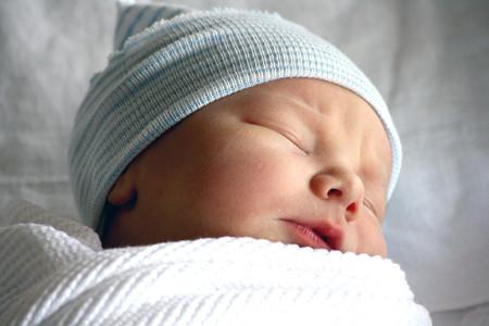 Los recién nacidos infectados con coronavirus experimentan síntomas leves, según un nuevo estudio