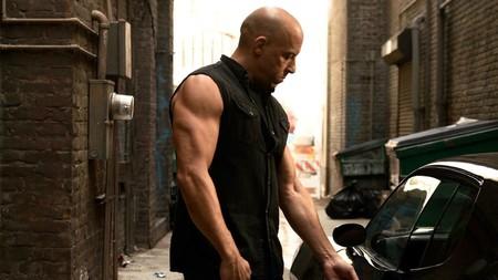 11 problemas de 'Fast and Furious 8', un fallido espectáculo de acción, cochazos y superhéroes