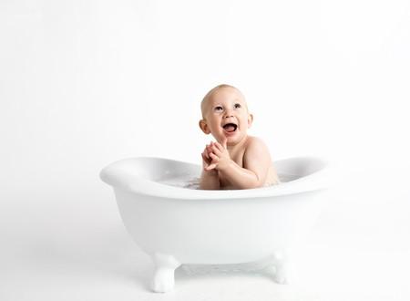 Los genitales del bebé: cómo cuidarlos y limpiarlos para prevenir infecciones en niños y niñas