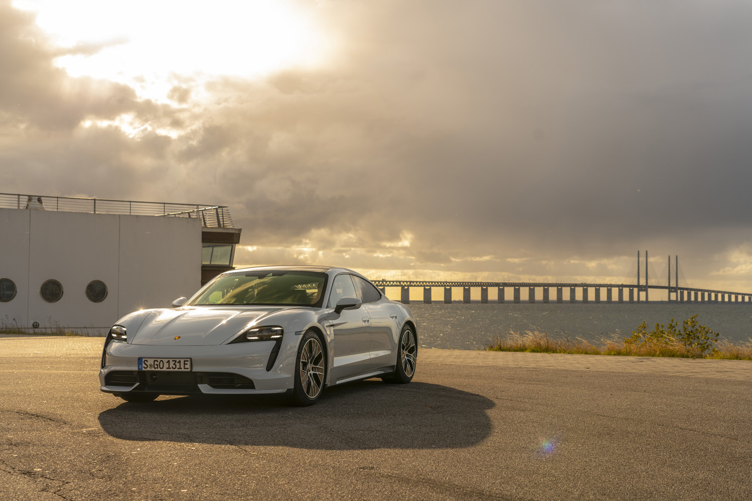 Foto de Porsche Taycan prueba contacto (274/275)