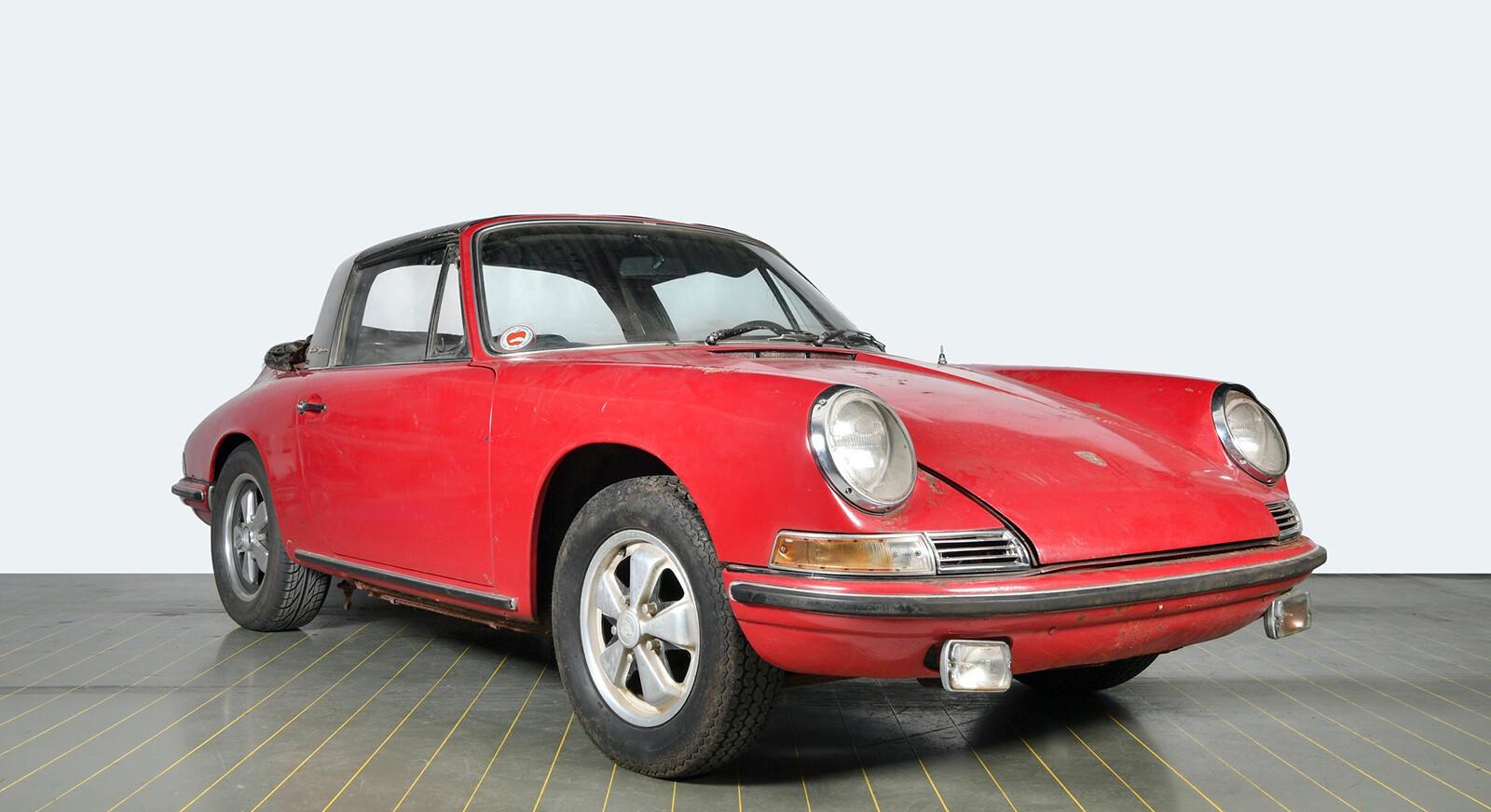Foto de El Porsche 911 S Targa de 1967 restaurado por Porsche Classic (14/15)