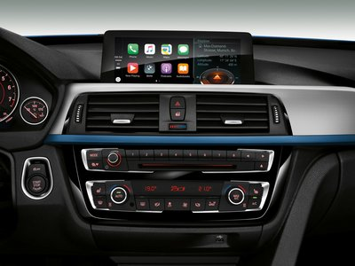 BMW quiere cobrar una cuota mensual por utilizar Apple CarPlay