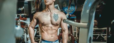 Cómo conseguir un pectoral trabajado y marcado en el gimnasio: los ejercicios que no te pueden faltar