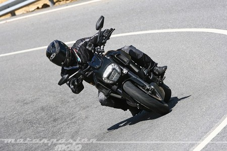 Ducati-Diavel-2014