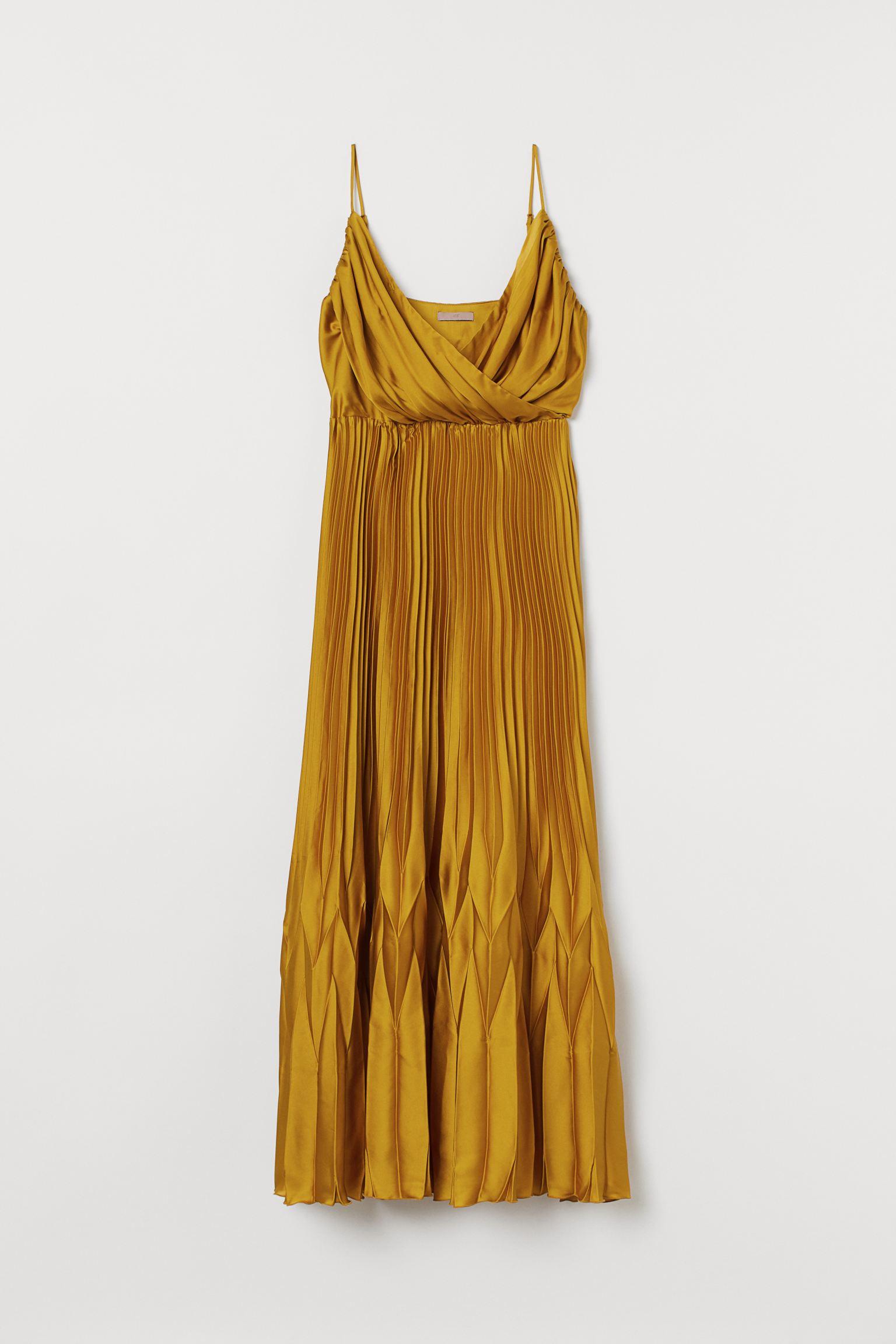 Vestido plisado de satén